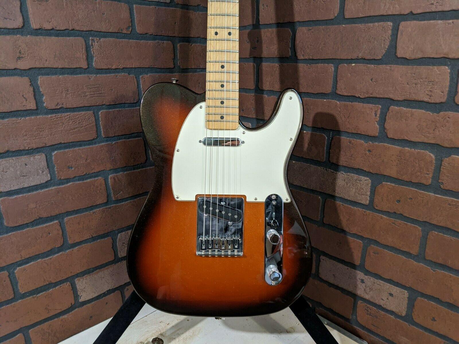Fender Standard Telecaster Gutiar - 2011 - Sunburst - USED