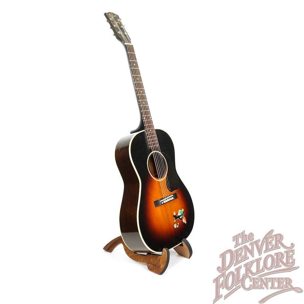Gibson LG-2 (c.1944)