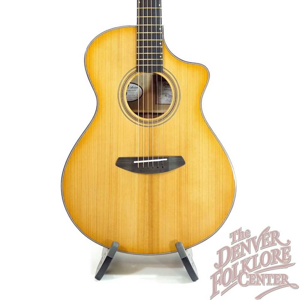 Breedlove Artista Concert Natural Shadow CE