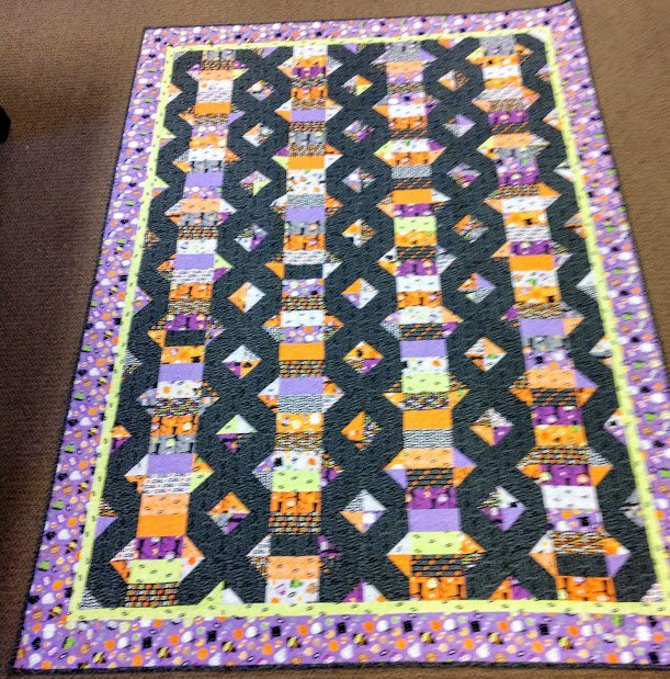 Ghouls & Goodies Quilt 60x82