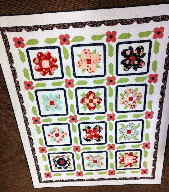 Smitten Garden Sampler Quilt 78x90