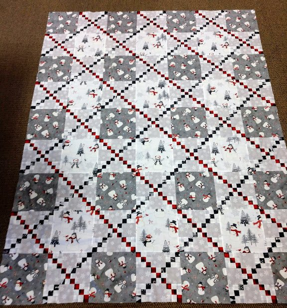 Snowy Wishes Quilt  60 x 80