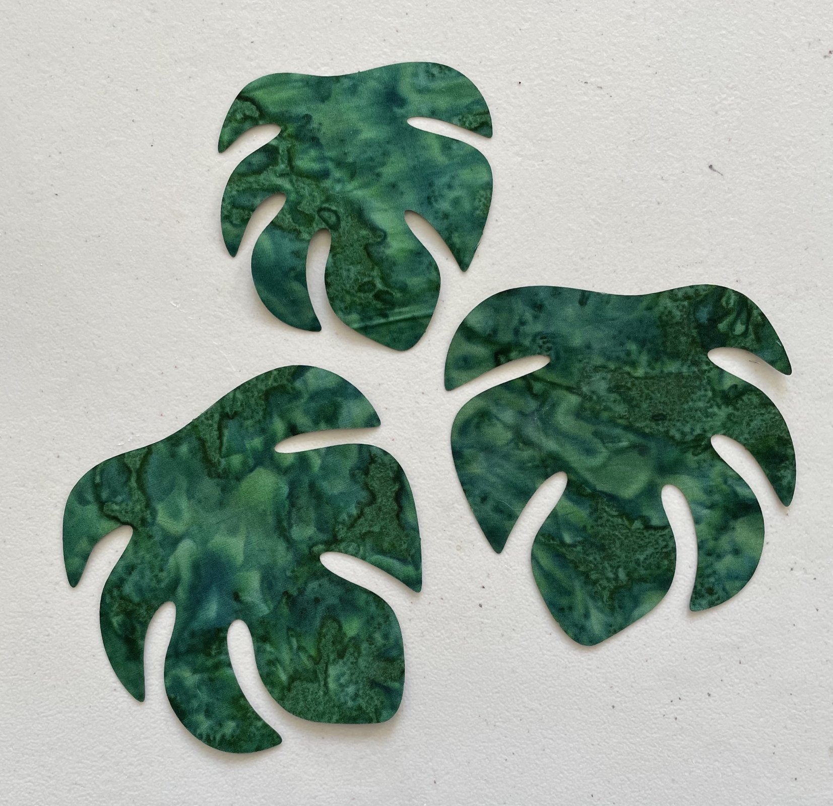 4in. Monstera Leaves Fusible Appliques dark green