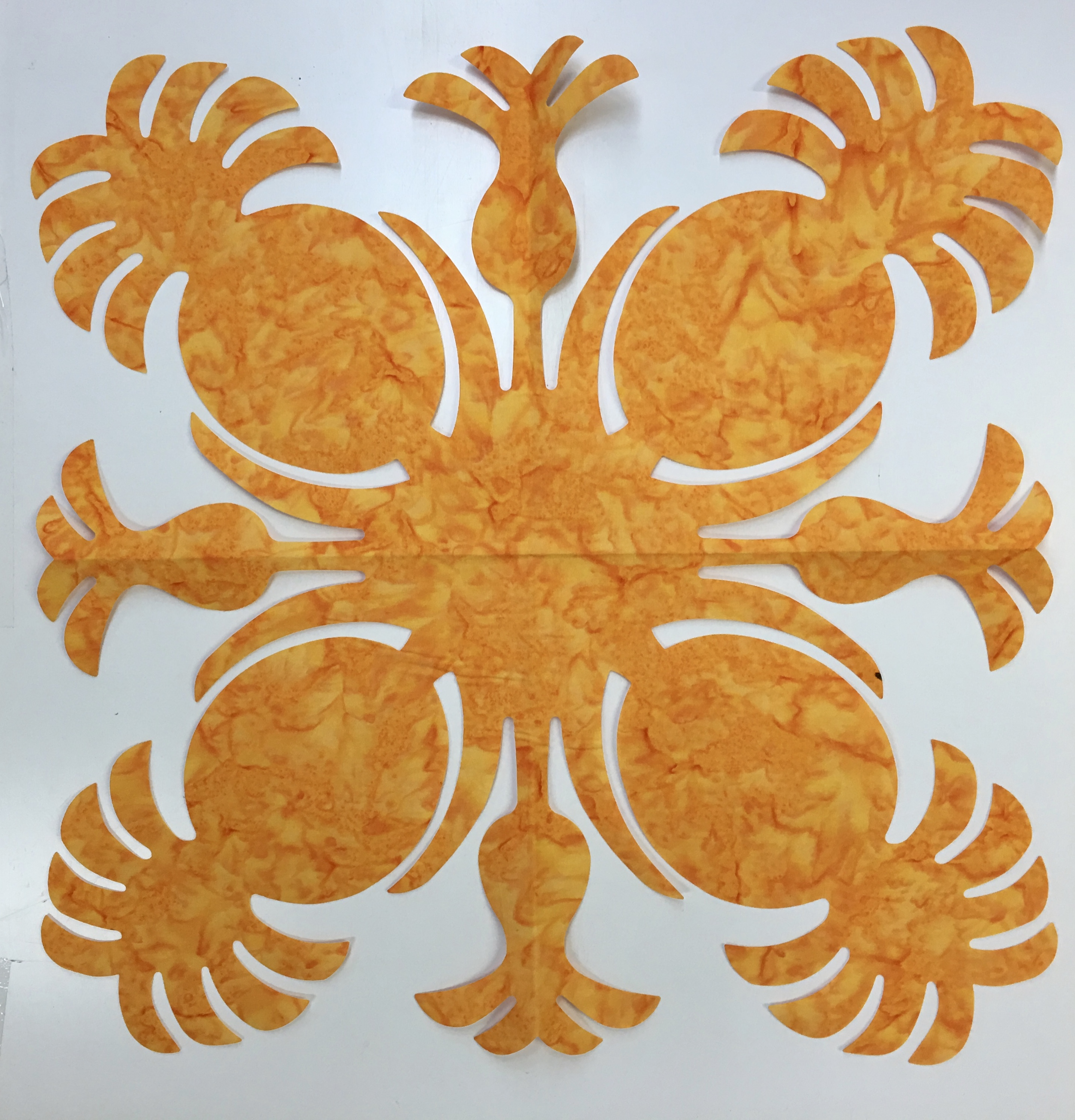 16in. Pineapple Hawaiian Applique