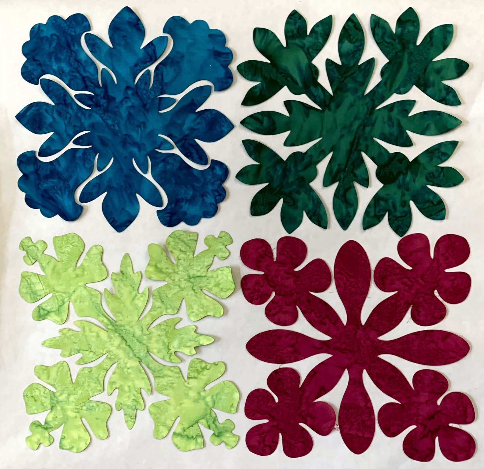 Flowers 1 8in. Fusible applique pack 4-per