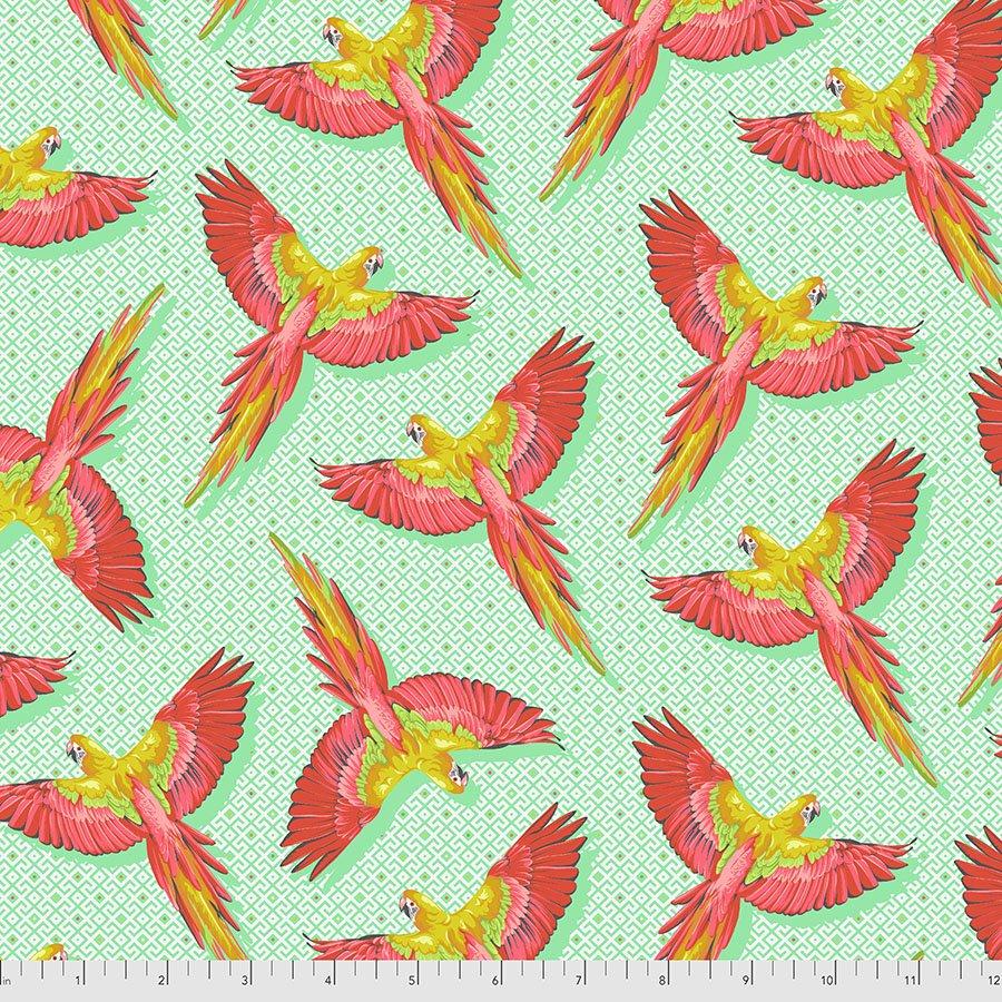 Pre-Order Tula Pink - Daydreamer - Macaw Ya Later - PWTP170.MANGO