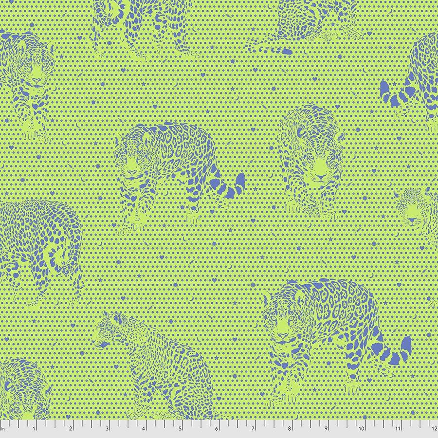 Pre-Order Tula Pink - Daydreamer - Lil Jaguars - PWTP174.KIWI