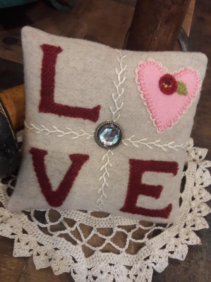 Love Wool Pin Cushion Kit