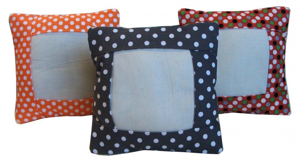Essential Small Pillow-Orange Dot