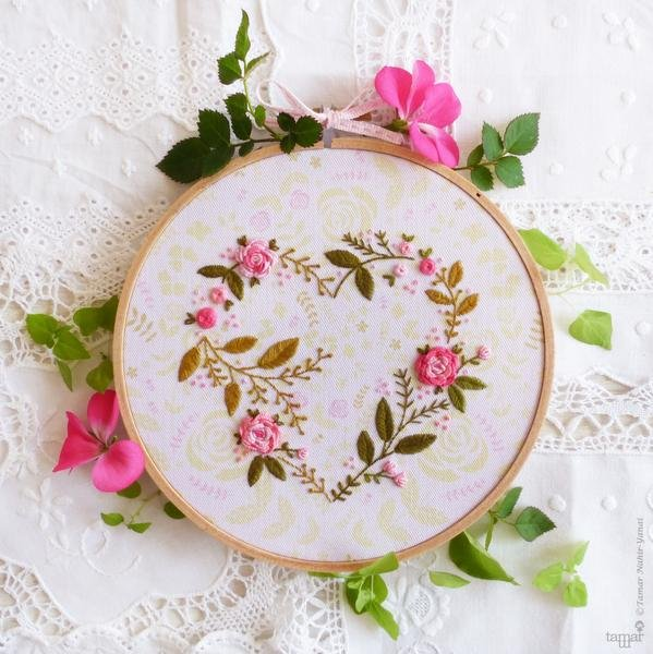 Flower Heart Embroidery Kit