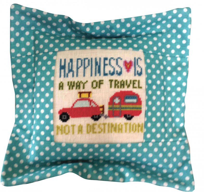 Happiness Is A Way Of Travel Linen Kit