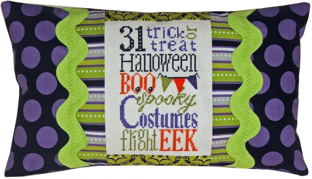 Spooky Typography Pillow Kit