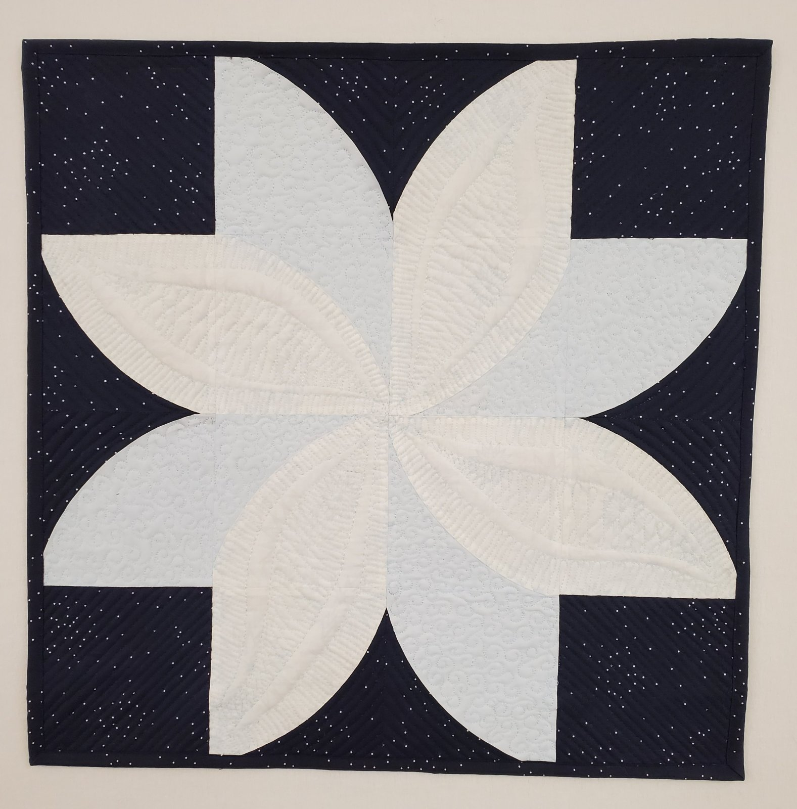 Blue/White Poinsettia Wall Hanging