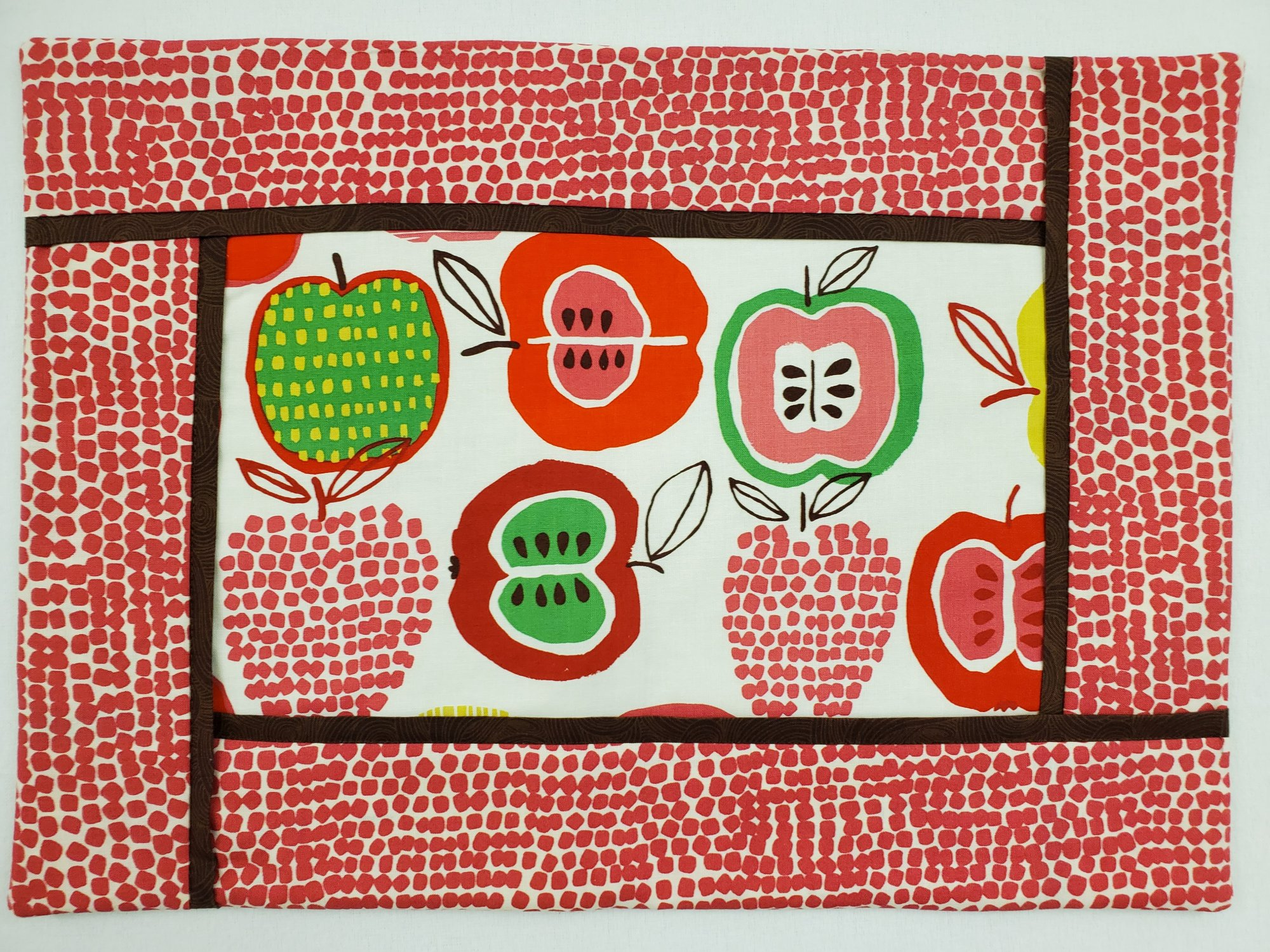 Apple Placemats - Set of 4
