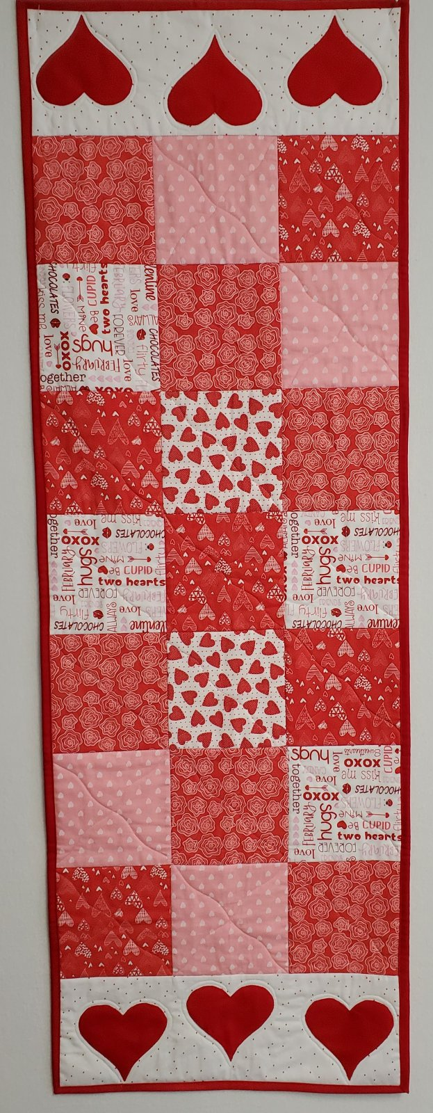 Valentine's Table Runner Pattern