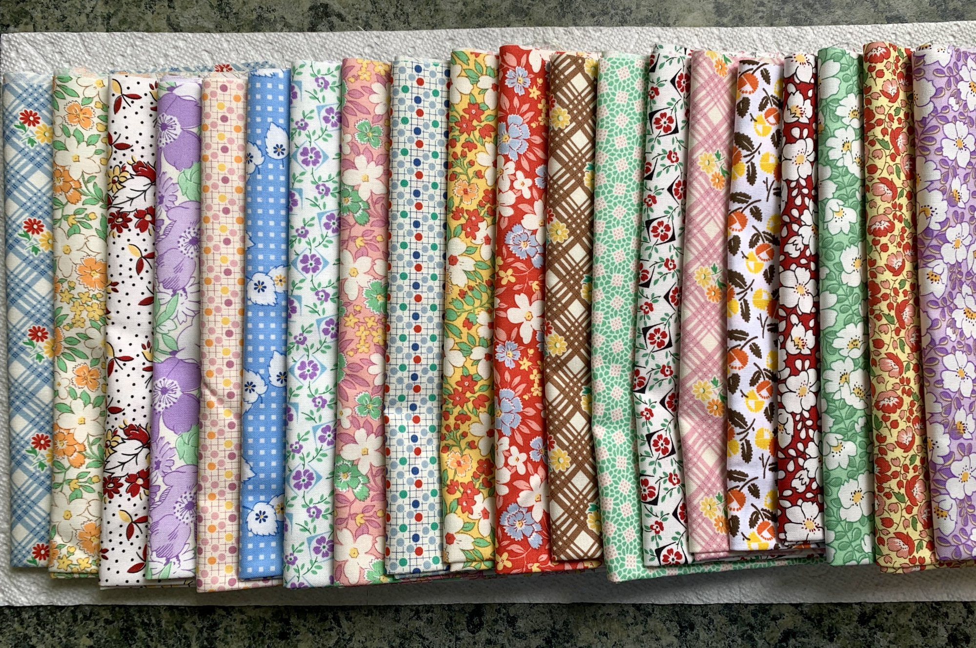 Fat Quarter Bundle, 20 Pieces