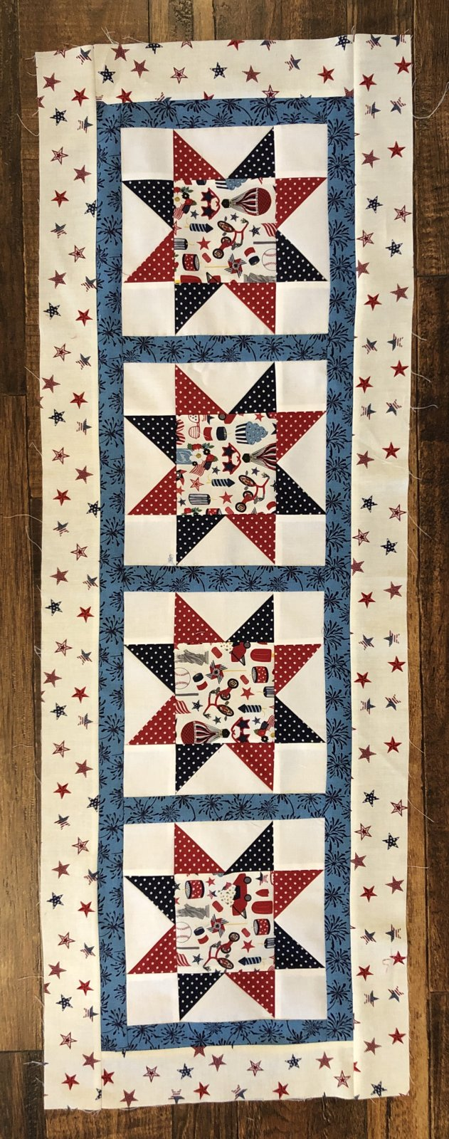 Go! Four Star Tablerunner-Patriotic