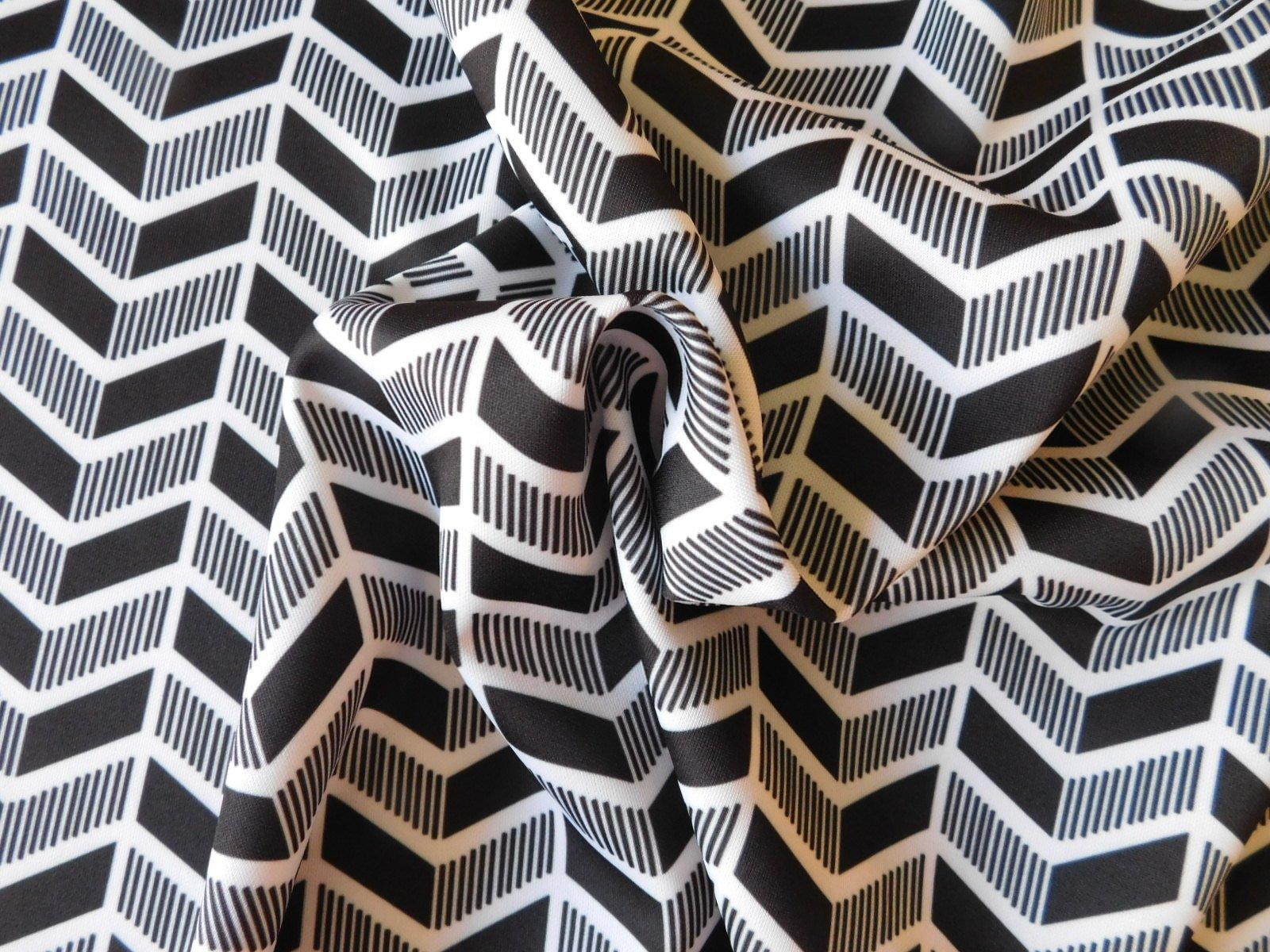 Smak Parlor Black and White Chevron Scuba Knit