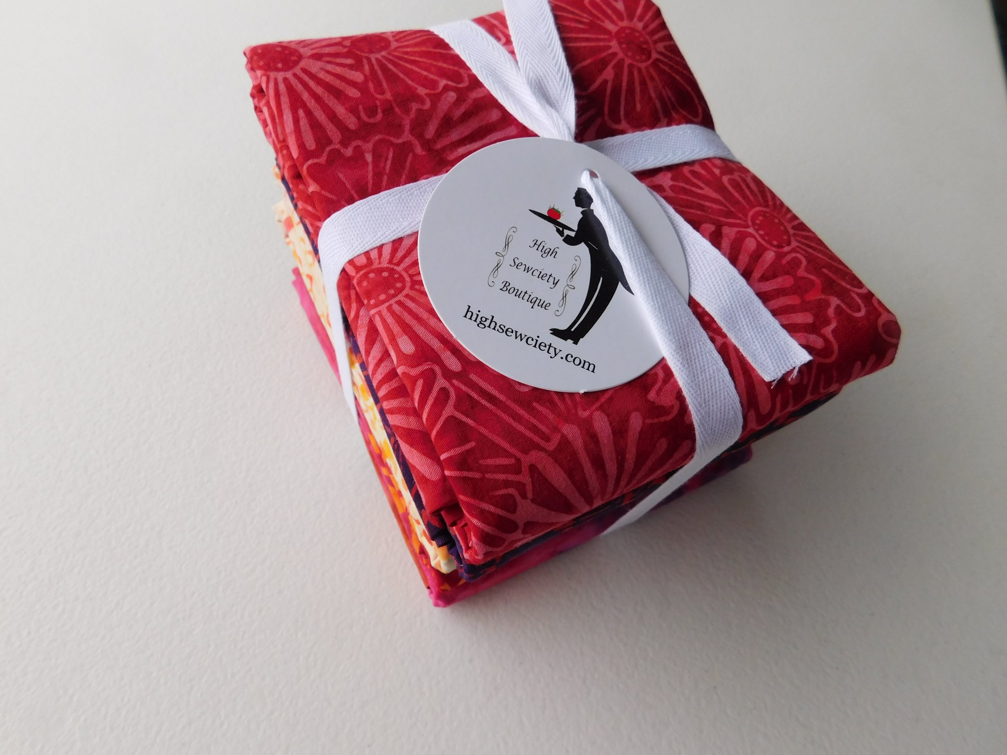 1/2 yd Bundle Red Sky Batiks - Marcus Brothers