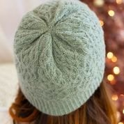 12 Days of Winter Sugar & Sage Cabled Hat KIT in Cashmere Lusso