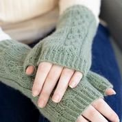 12 Days of Winter Sugar n Sage Cabled Mitts KIT in Cashmere Lusso