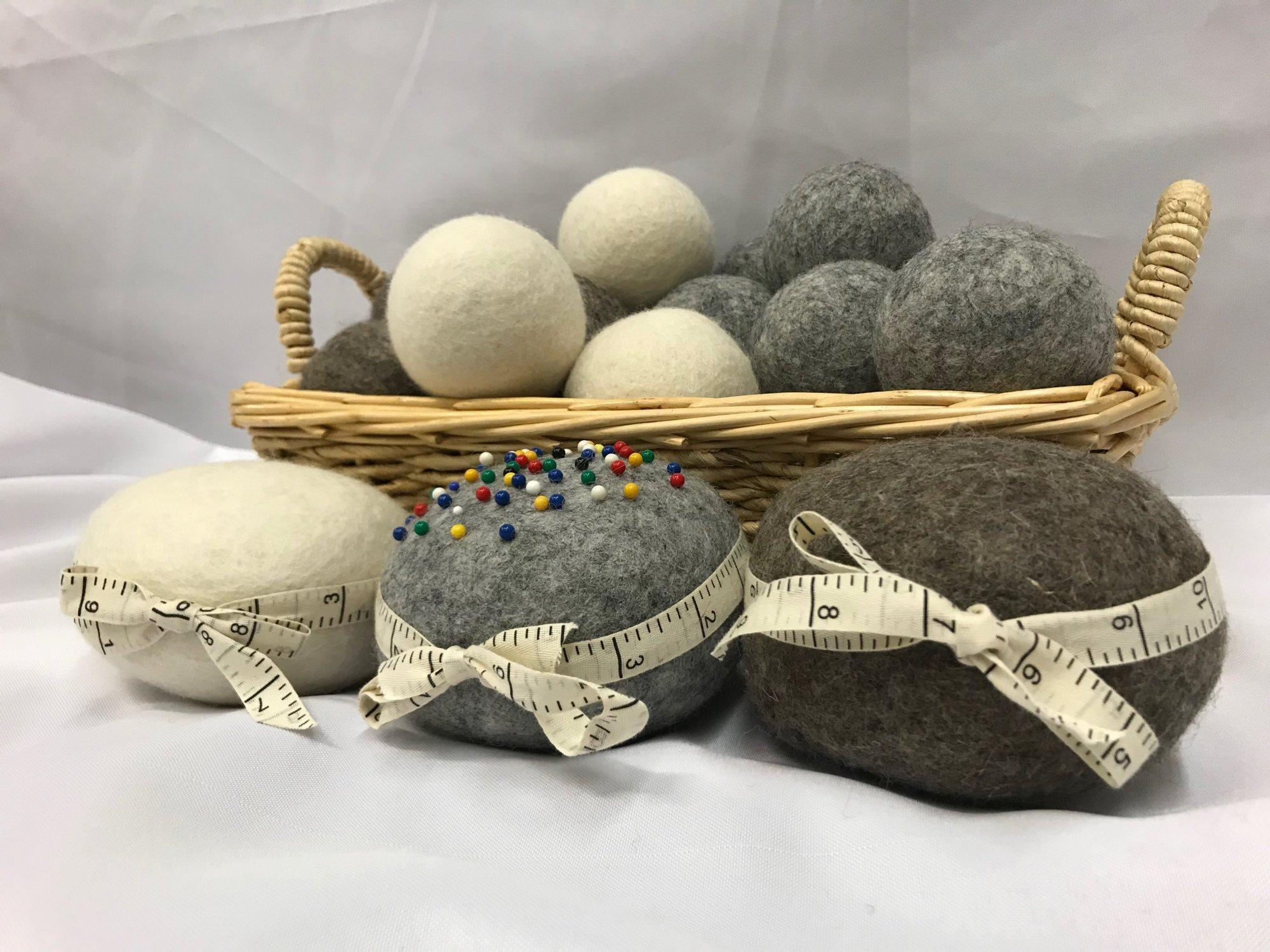 Wooly Felted Wonders White Dryer Balls (4 pk)