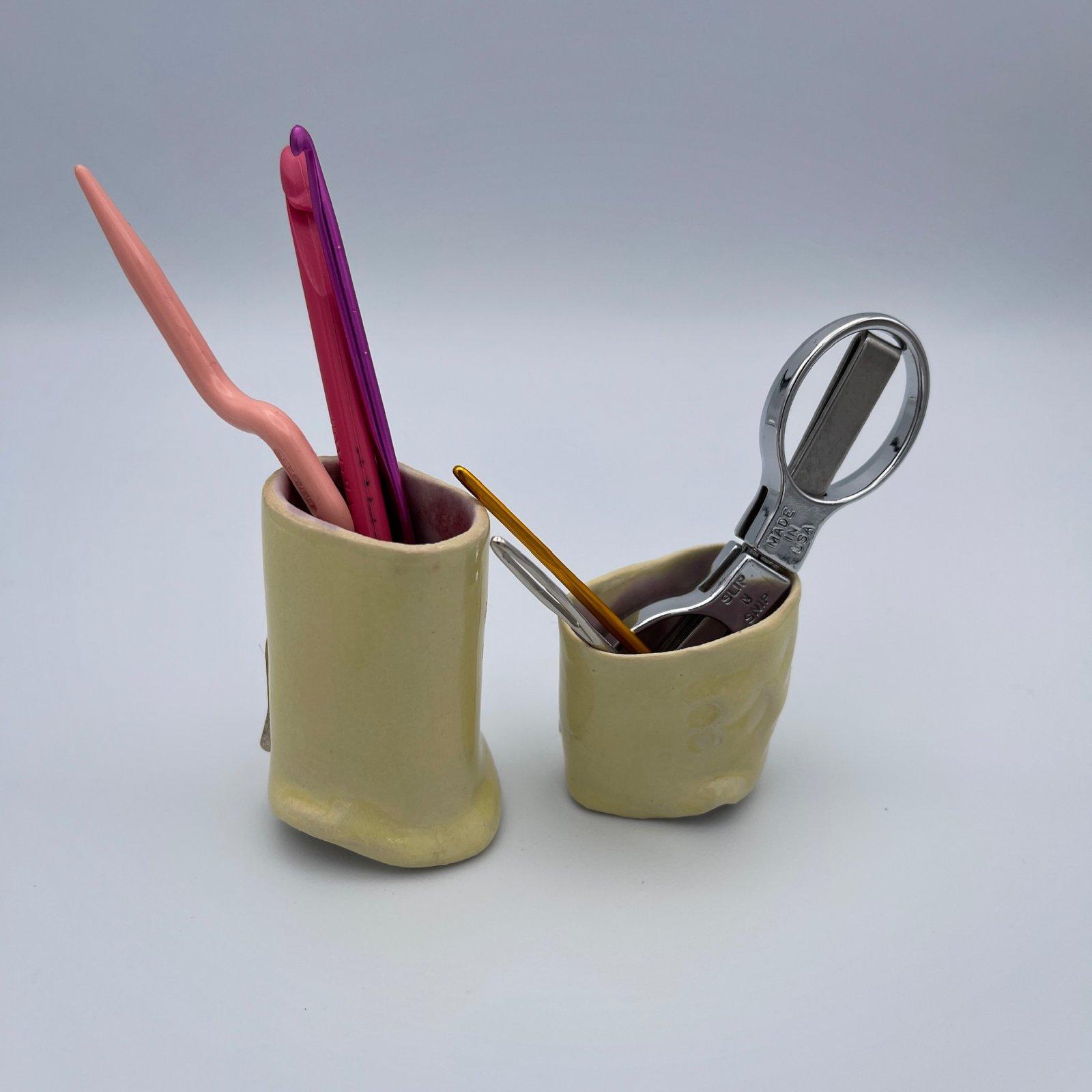 Yarn Pottery - Dandelion Pot - Amy Fox Designs