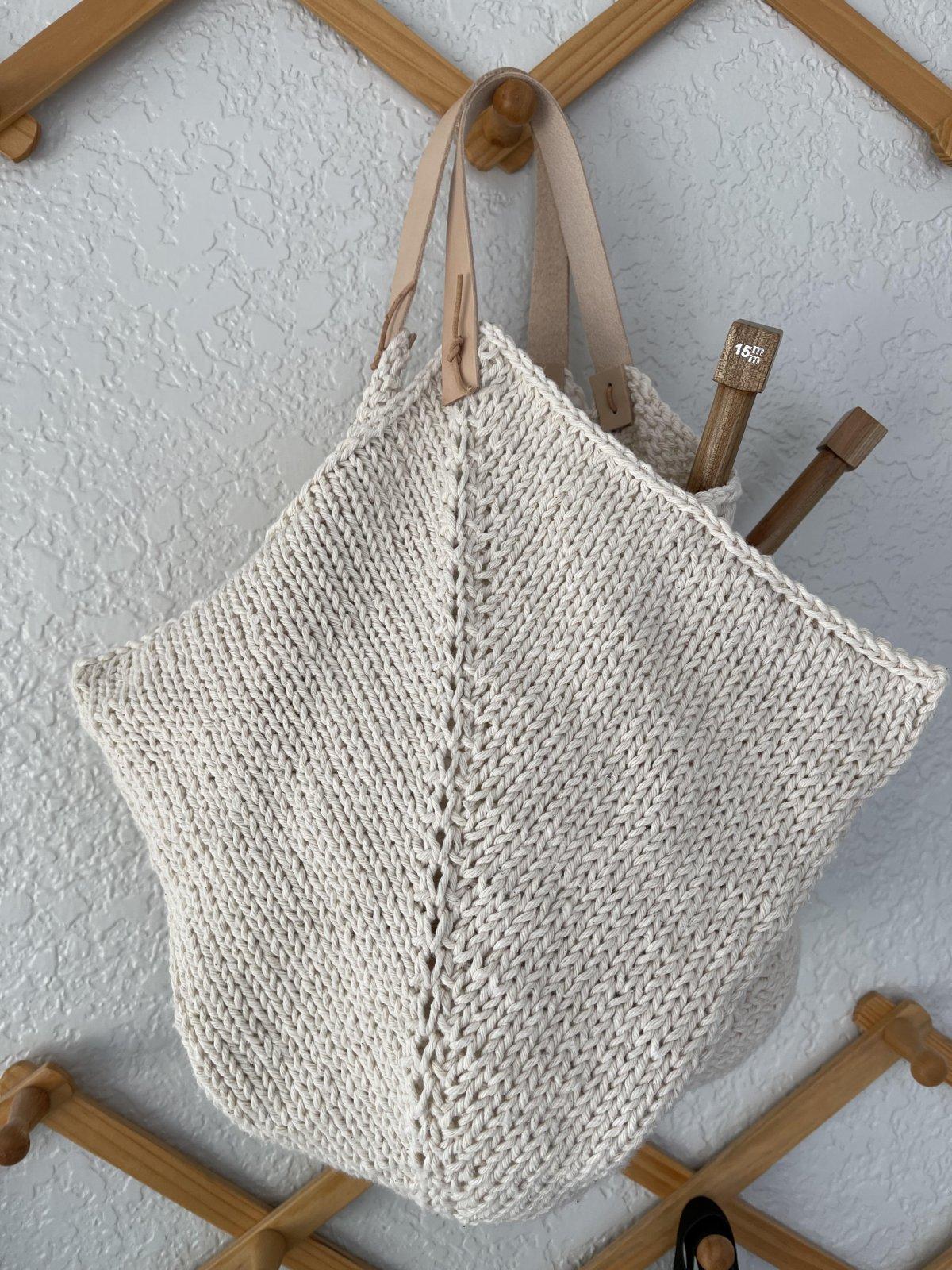 Knitted 4 Corner Bag