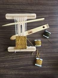 8 Easel Loom