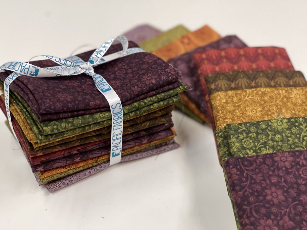 Henry Glass Plant Kindness, Fat Quarter Bundle #2