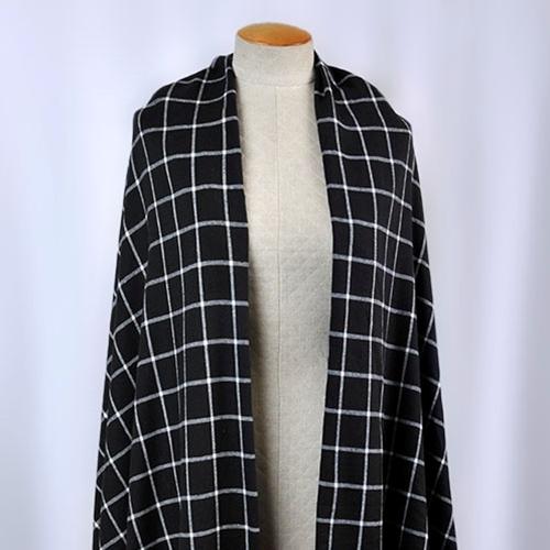 Michael Levine - Plaid Flannel Shirting - Black / White