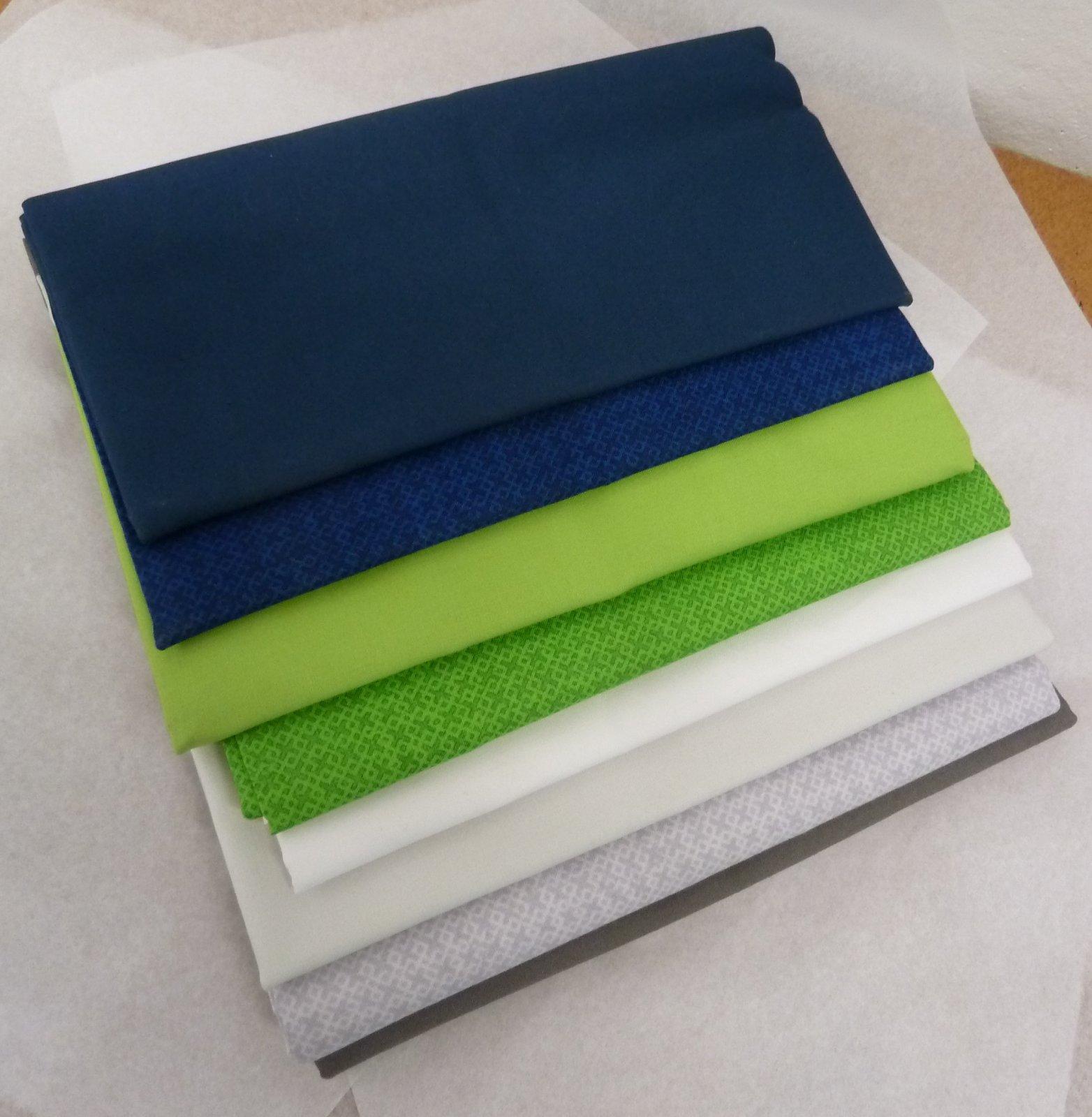 Sparkling Solids Quilt Kit (Seahawks)