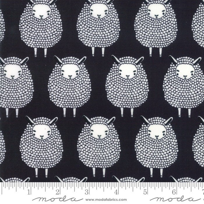 Moda, Farm Charm Black Sheep Kettle