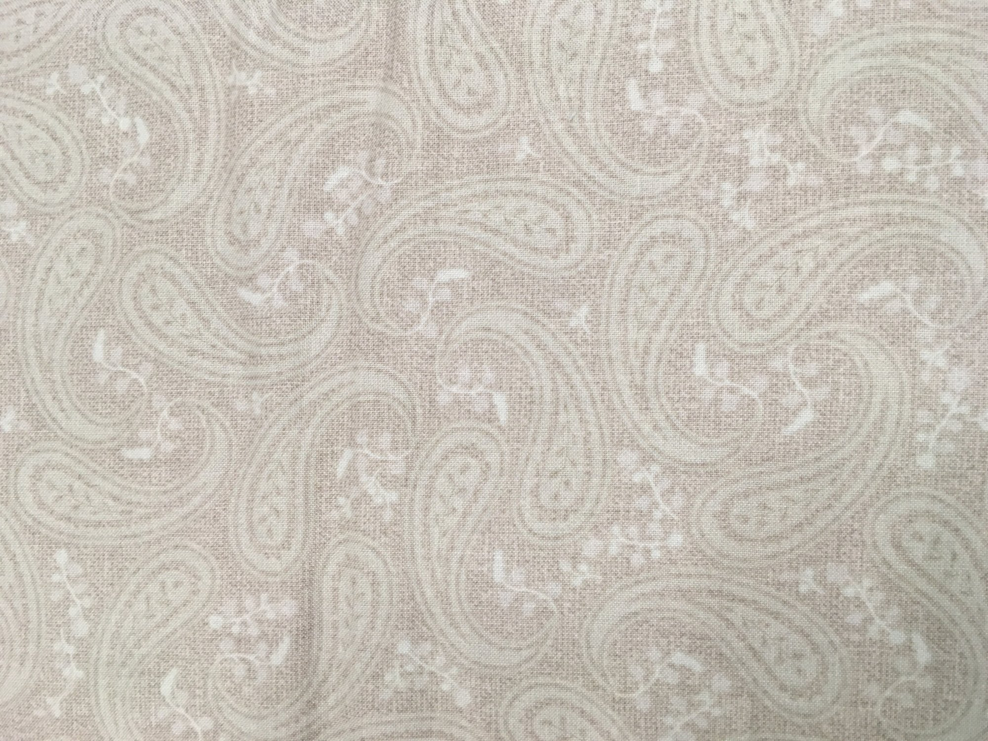 Christmas Wishes Linen Paisley