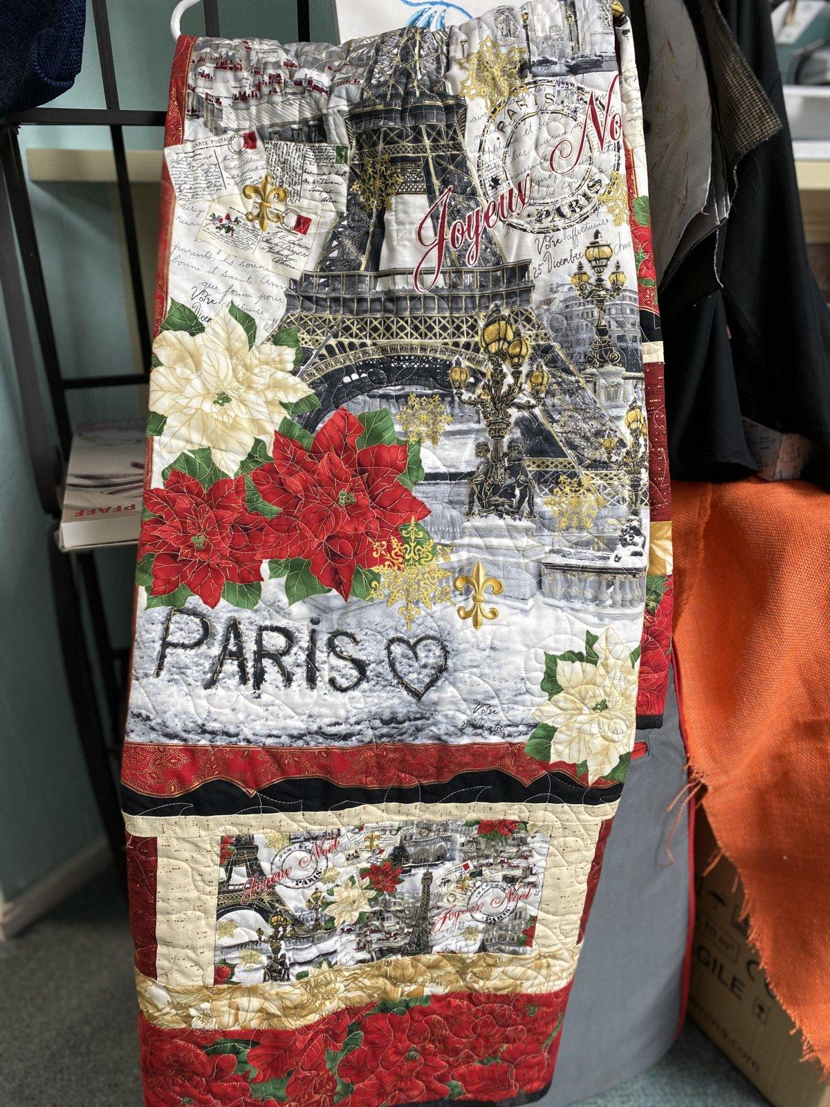 Christmas in Paris Quilt