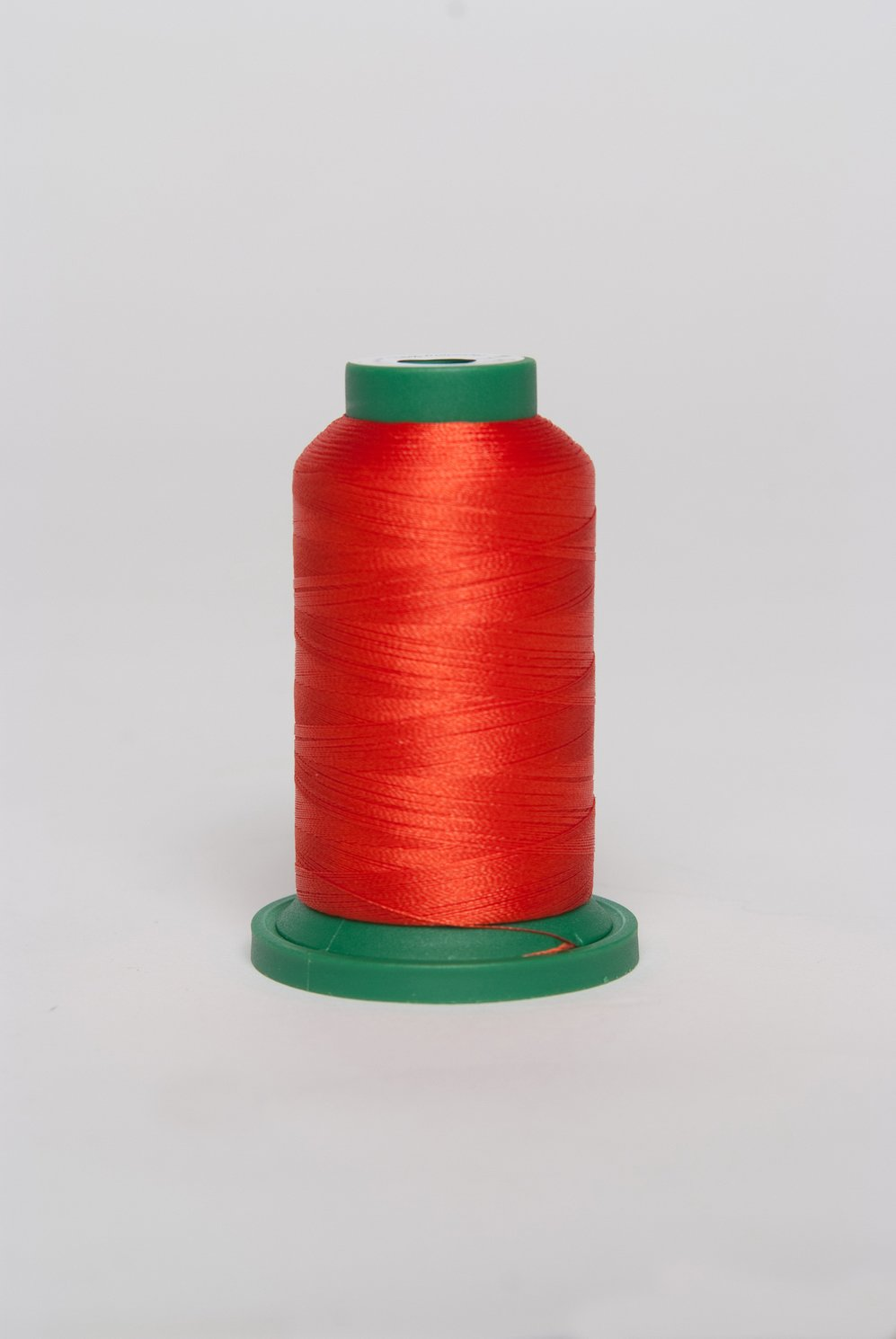Heart - ES135 - Exquisite Embroidery Thread - 1000 meters
