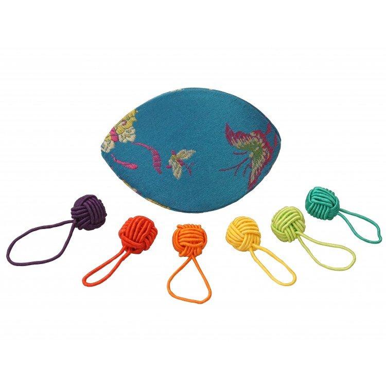 Hiya Hiya Dumpling Case and 6 Yarn Ball Stitch Marker Set