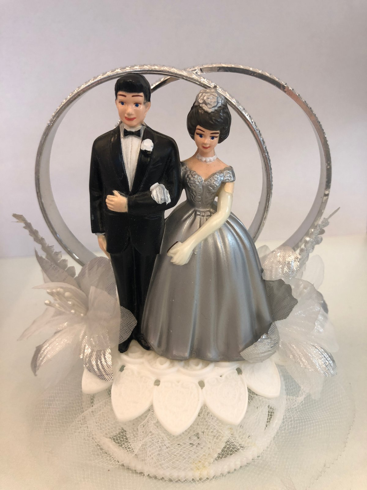 25th Anniversary Couple Cake Topper with Double Rings
