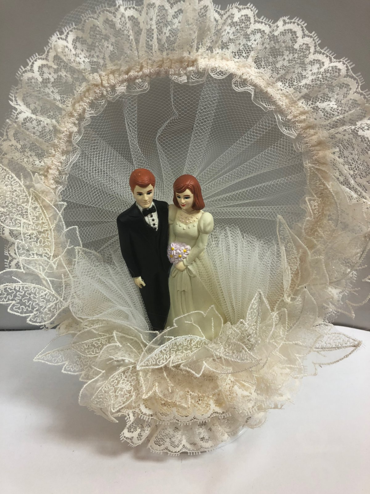 Bride & Groom   Cake Topper  Ivory Lace Circle