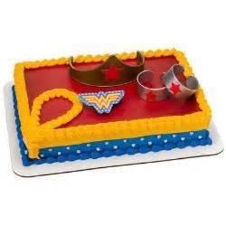 Wonder Woman cake kit