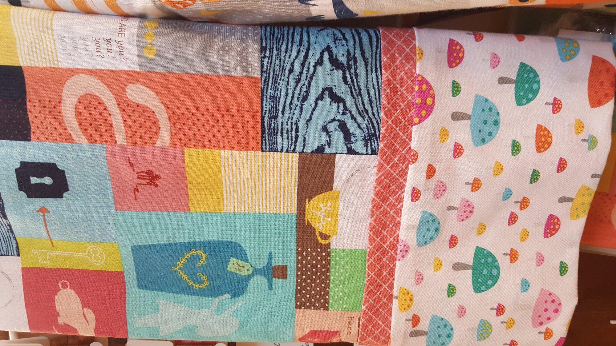 Pillowcase Kit - Alice and Wonderland
