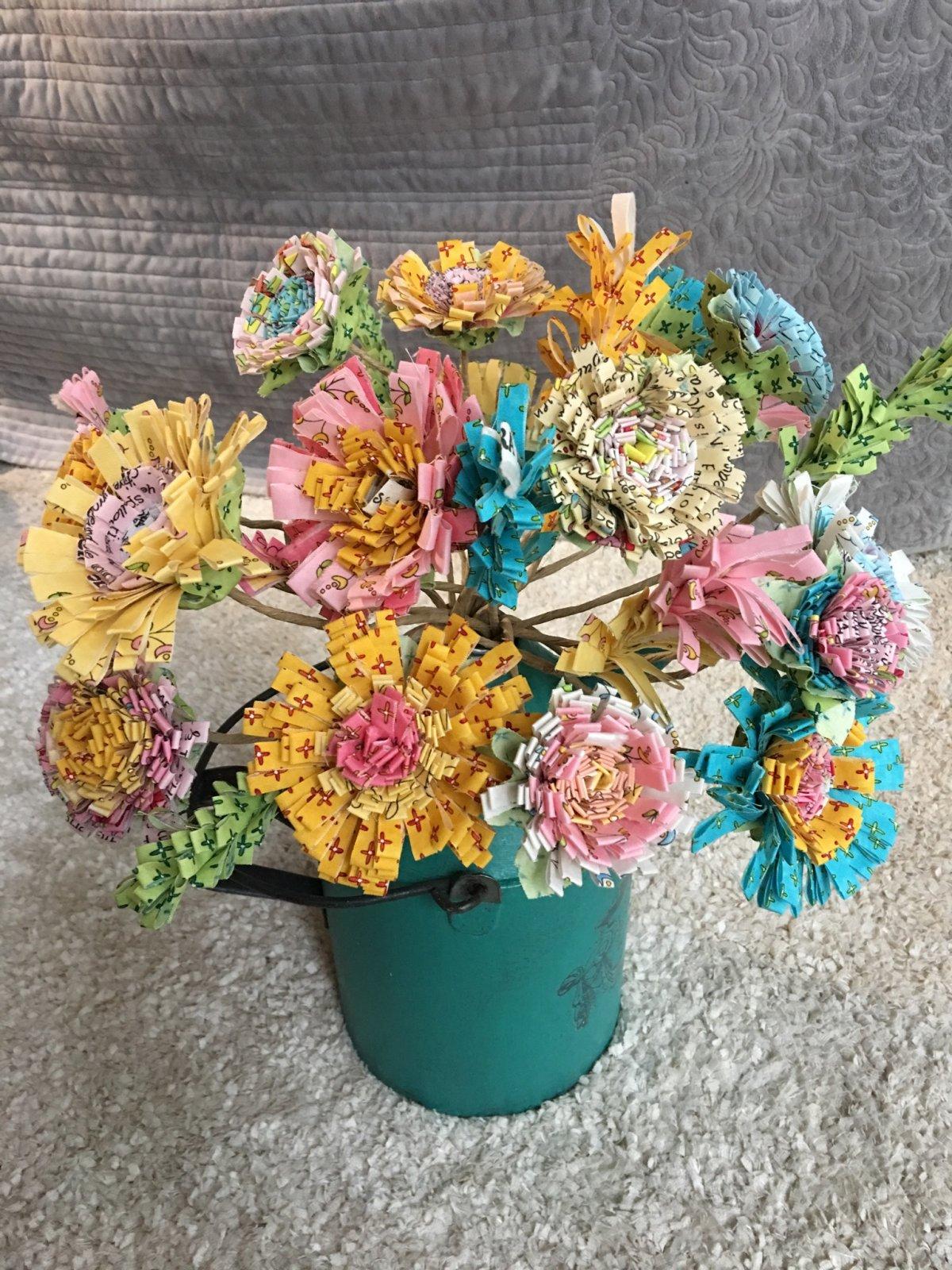 Flower Power Pattern by Laura Heine