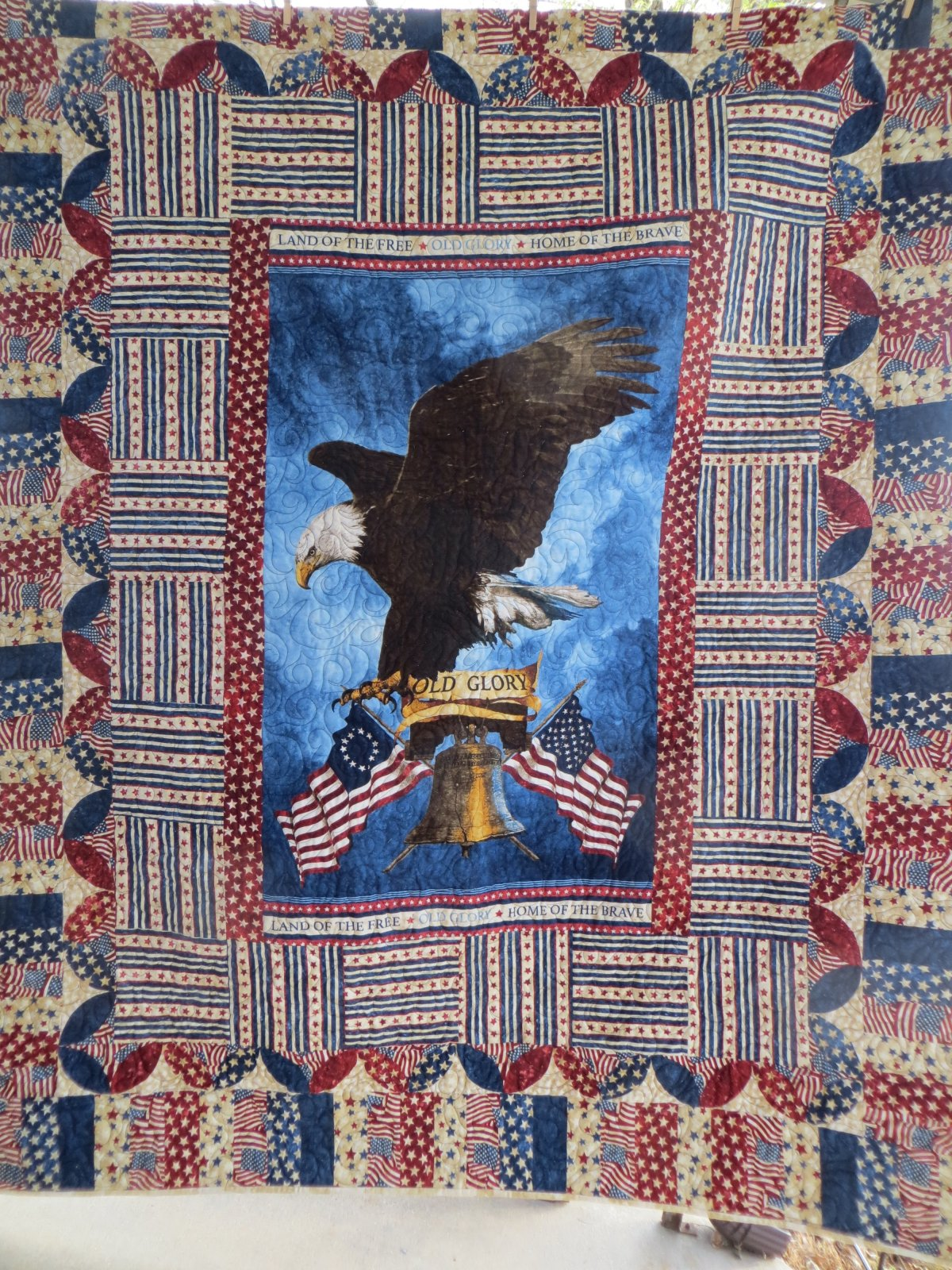 Stonhenge Eagle
