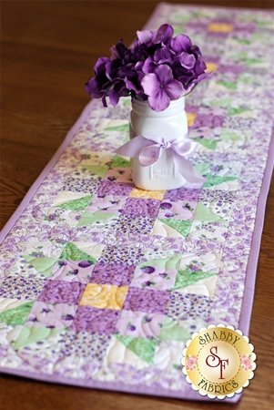 Sister's Choice Table Runner - Berries and Blossoms