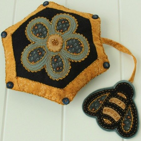 Beekeeper Pincushion e-pattern
