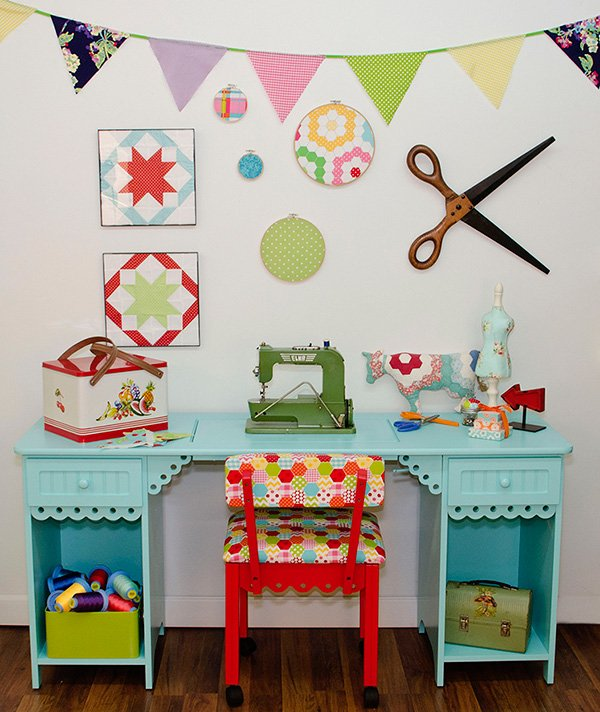 Olivia Cabinet 1001, 1004
