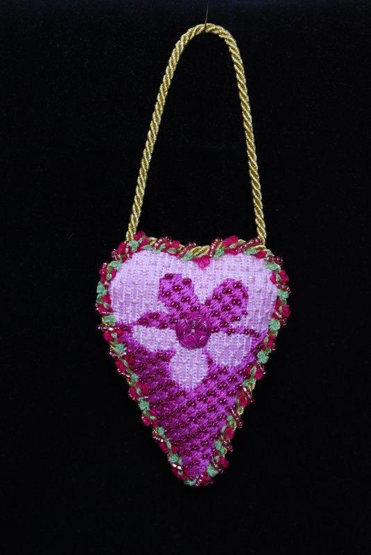 F3635 - Daisy Baby Heart