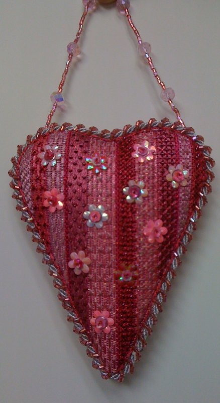 F3702 - Flower Sequin Heart