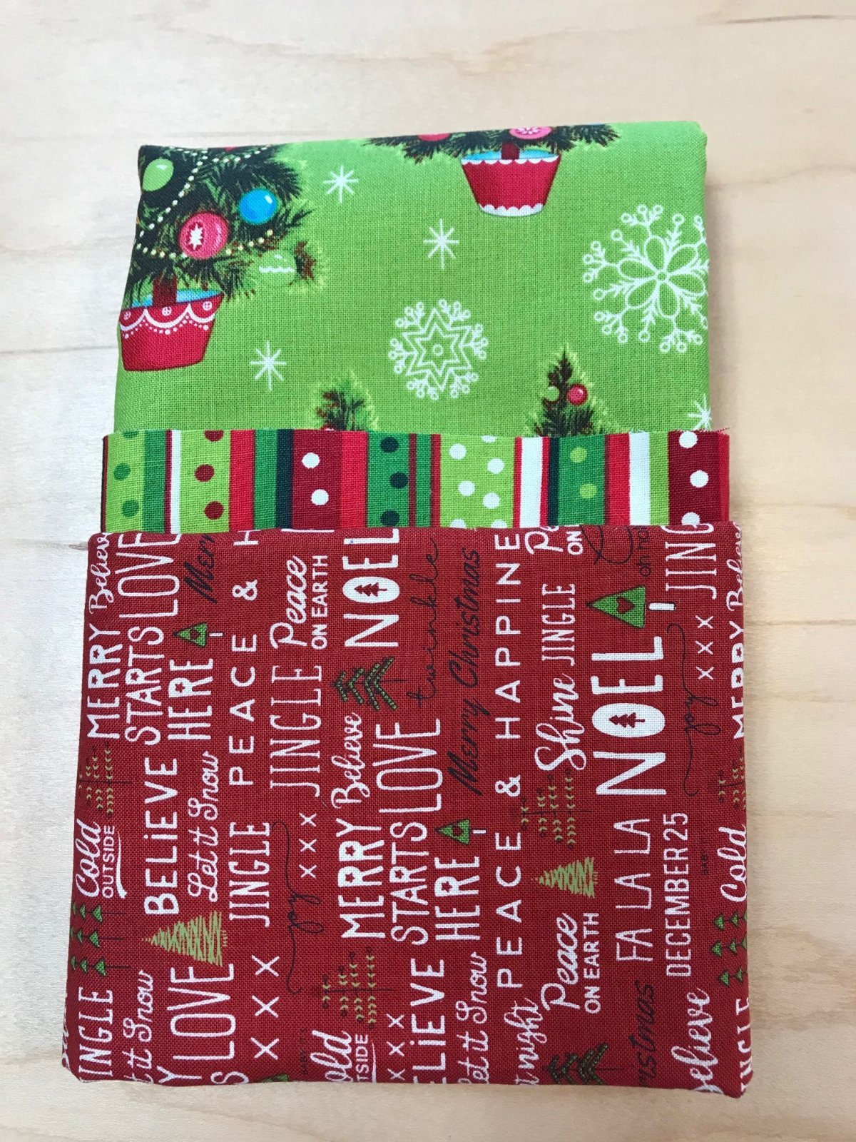 Pillowcase Kit Christmas Trees Green Red Words