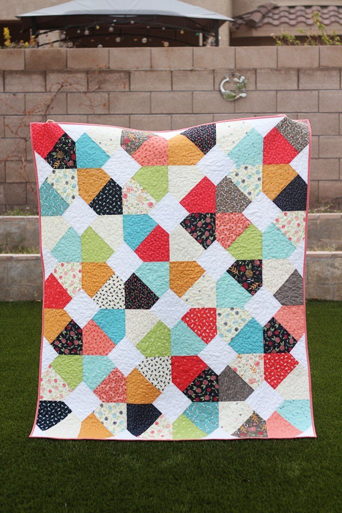 Broken Lattice Quilt Pattern